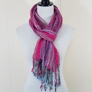 Sparkley long pink knit scarf with fringe